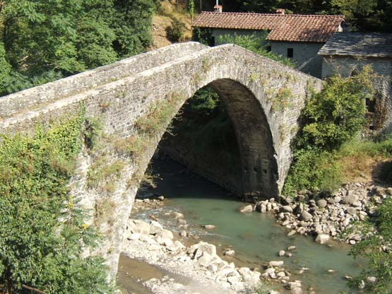 Castruccio Bridge
